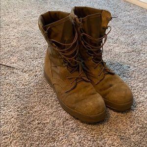 men's combat boots size 11
